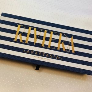 ABH/ Riviera eyeshadow palette/ New